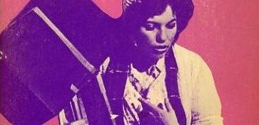 Détail - Couverture du livre de © Musidora, Paroles... elles tournent!, éditions Des Femmes, Paris, 1976.